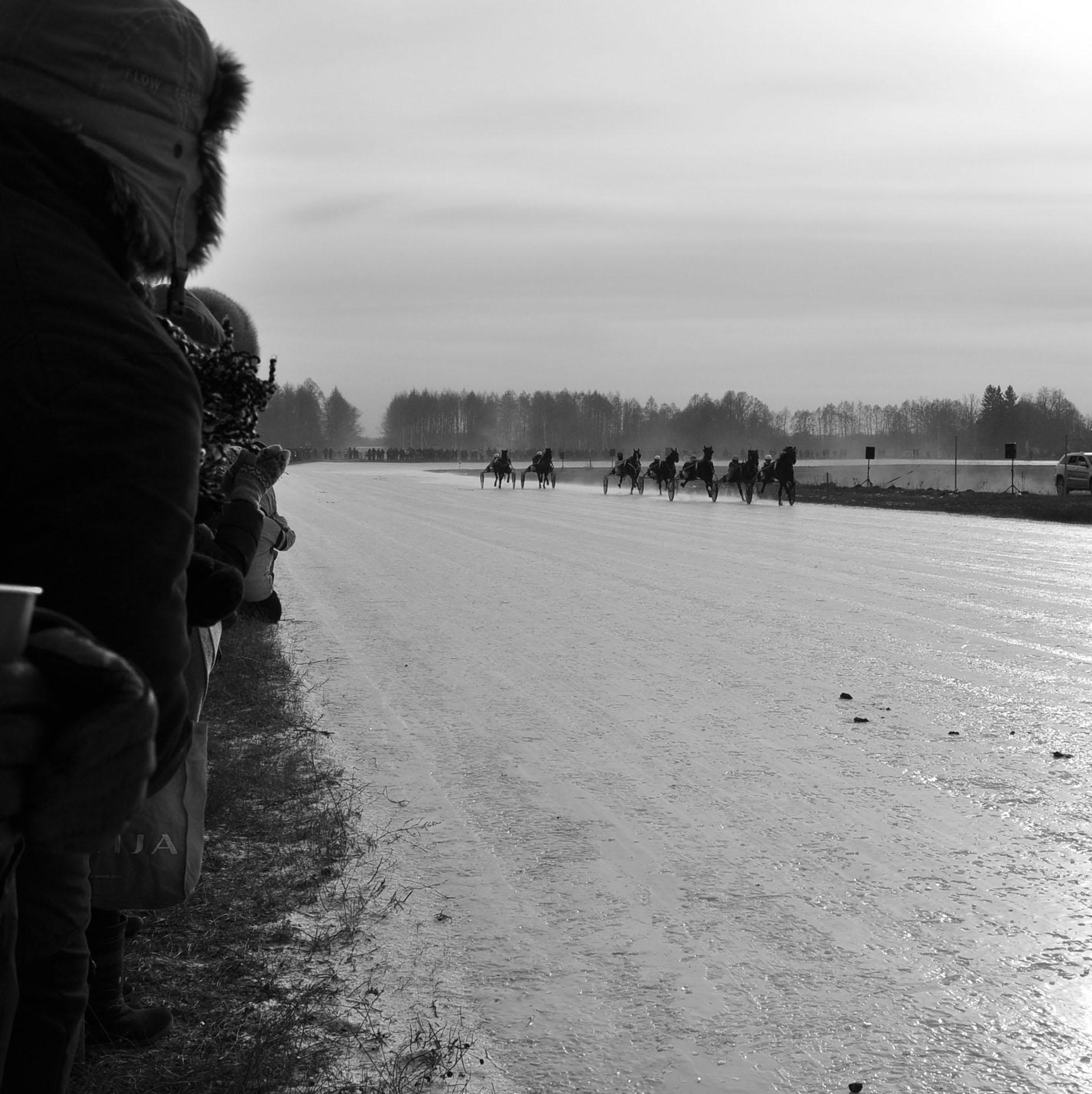 Sartų lenktynės ant ledo