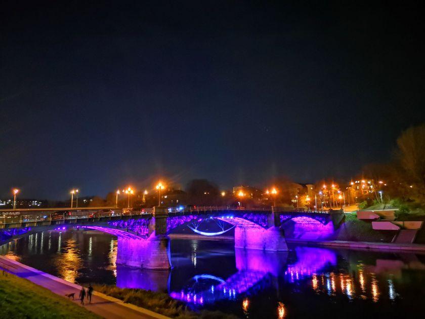 Purpurinė banga – aštuoniolikoje Lietuvos miestų ir rajonų