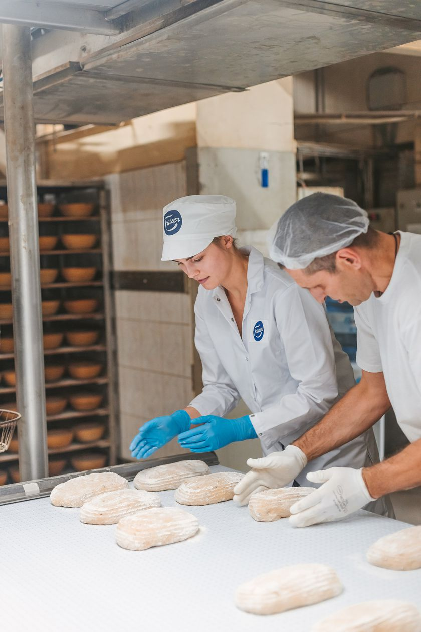 Tinklaraštininkės atskleidė, kaip iš tikrųjų kepyklose kepama duona: 5 svarbiausi žingsniai