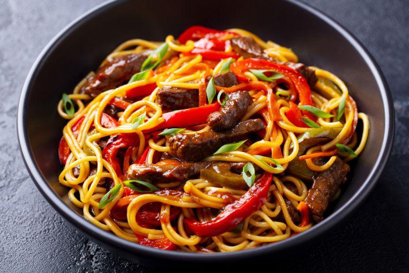 Kelionė į Aziją per 30 minučių: išbandykite lengvai ir greitai paruošiamus egzotiškus receptus